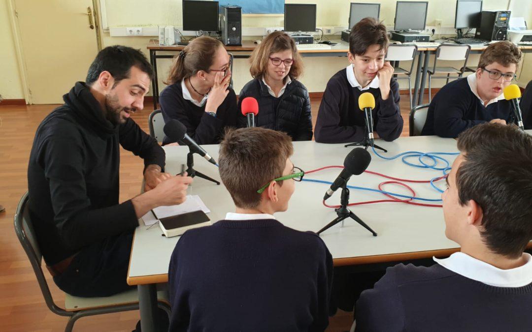 Residentes de La Veguilla participan en entrevista radiofónica